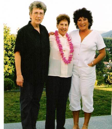 Mom, here is aunty and gramma...they miss you everyday just like me...